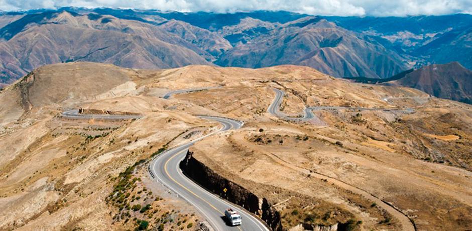Conheça as mais belas estradas para você curtir nesse feriadão!